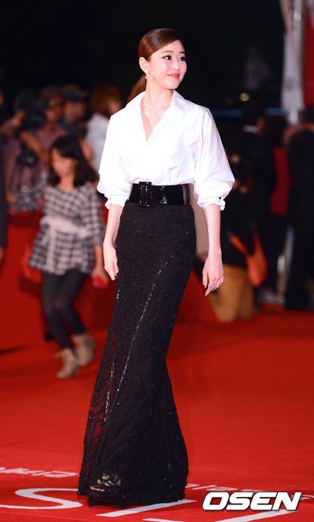 BST váy đẹp nhất của sao Á trên thảm đỏ
