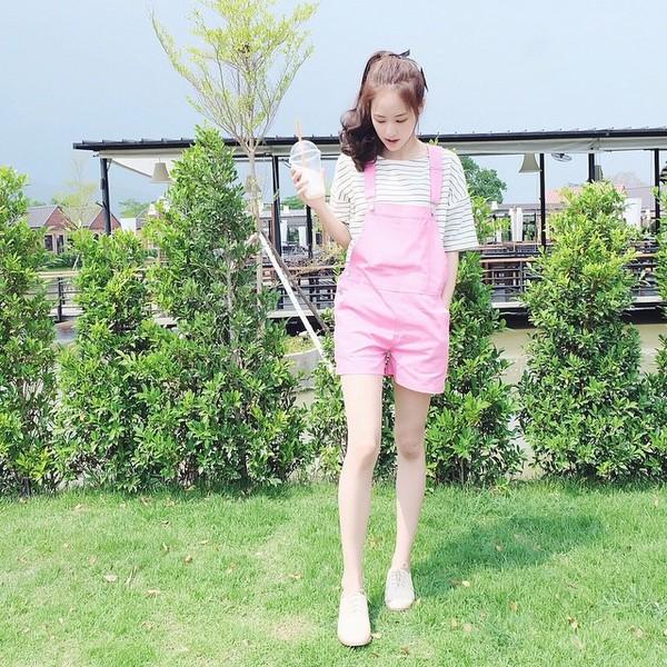 """Cô gái Thái Lan """"xinh như mộng"""" khiến dân cư mạng mê mệt"""