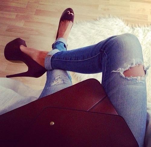 Bạn sẽ dễ bị ghẻ nếu mặc quần jeans quá 2 ngày không giặt