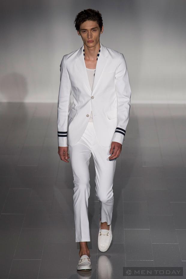 BST thời trang cao cấp của Gucci độc đáo