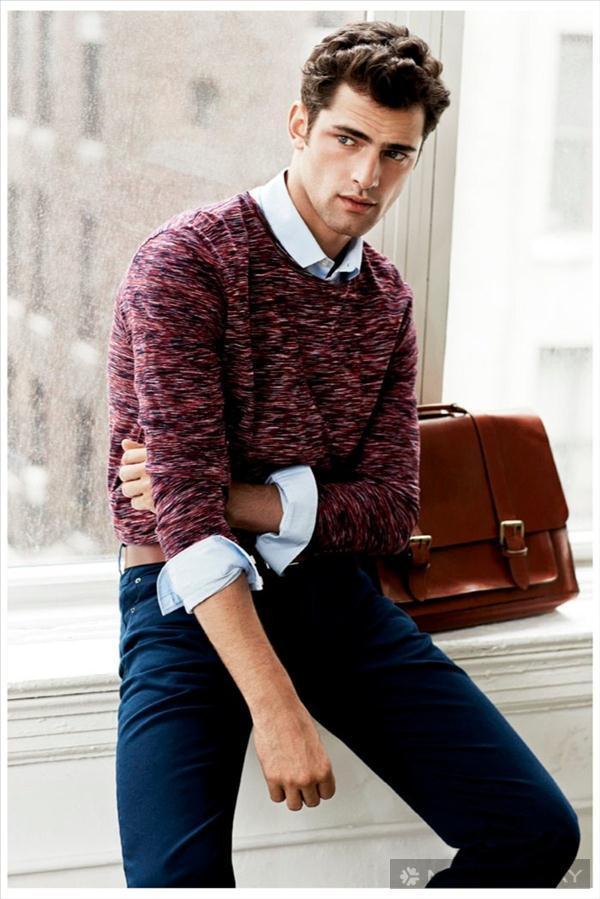 BST thời trang Sean O'Pry đơn giản và khỏe khoắn