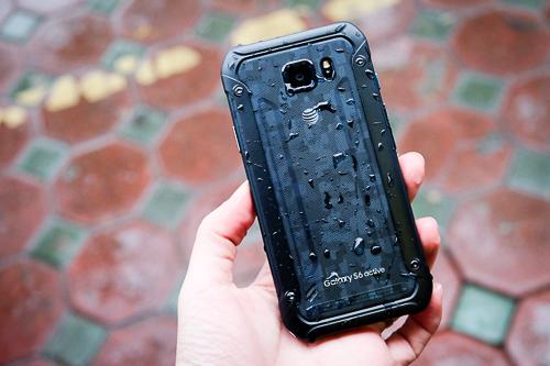 Cận cảnh 5 smartphone cao cấp siêu 'trâu'