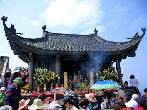 Hướng dẫn cách phân biệt các điểm du lịch tâm linh