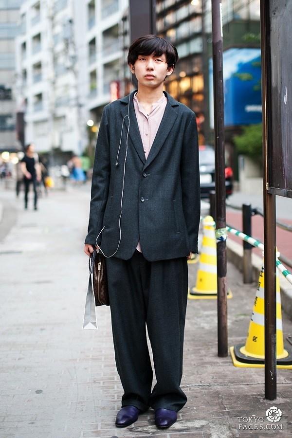 Những mẫu trang phục không dành cho đàn ông trưởng thành độc đáo