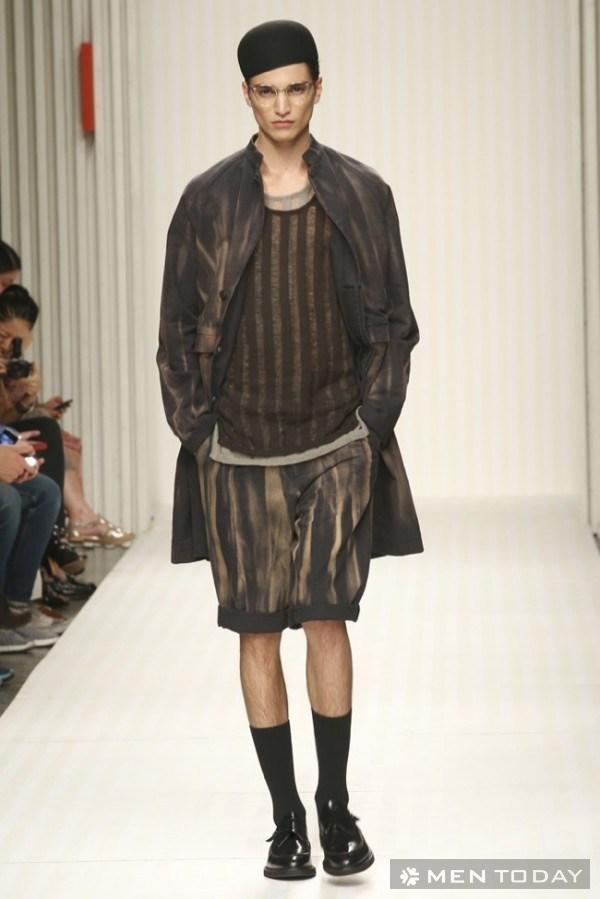 Phong cách nam xuân hè của NTK Robert Geller mát mẻ