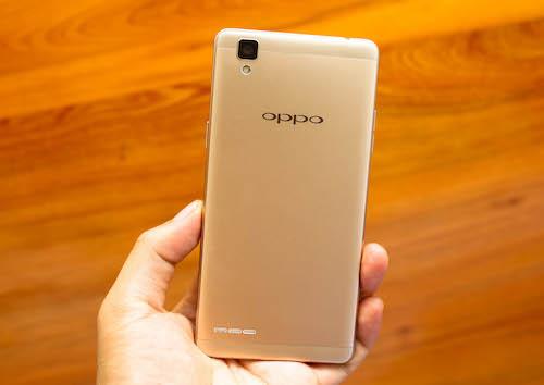 Smartphone thời thượng giá tầm trung Oppo F1