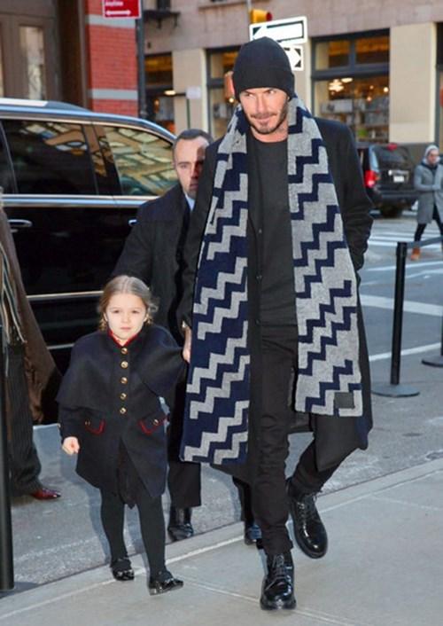 Thời trang hoàn hảocủa Harper Beckham độc đáo