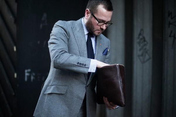 Cùng làm quen với các kiểu briefcase cho các Boy