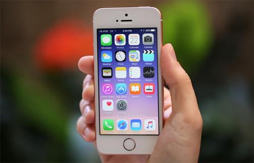 Điện thoại iPhone SE - trông cổ nhưng mạnh mẽ
