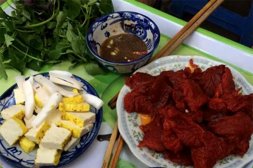 Món ăn Sứa đỏ - món ăn chơi cầu kỳ đất Hà thành