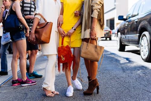 Cách chọn túi xách bạn phù hợp cho chị em