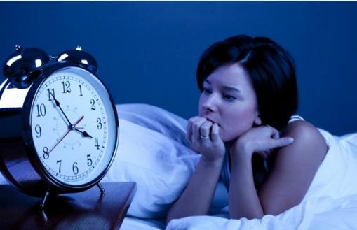 Giải mã hiện tượng không ngủ được ở giường lạ đa số đều gặp