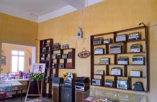 Góc cà phê chứa đầy kỷ vật hiếm có ở Đà Lạt cho bạn check in thoải mái