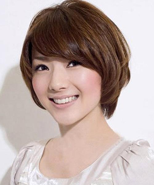 Những kiểu tóc ngắn mái lệch uốn xoăn đẹp Hàn Quốc cho bạn gái
