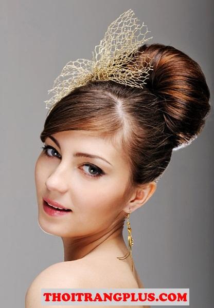 Những mẫu tóc cô dâu cho bạn gái xinh xắn lộng lẫy cuốn hút