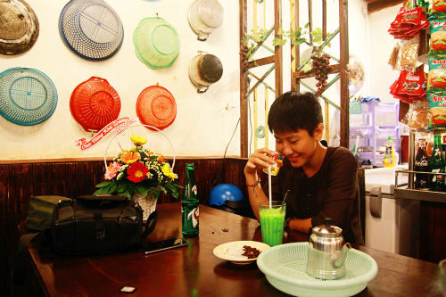 Quán cà phê mang lại tuổi thơ cho nhiều người ở Sài Gòn