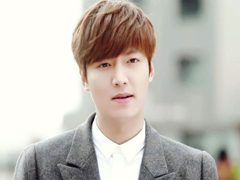 Tóc nam tỉa layer ngắn đẹp như diễn viên Hàn Quốc