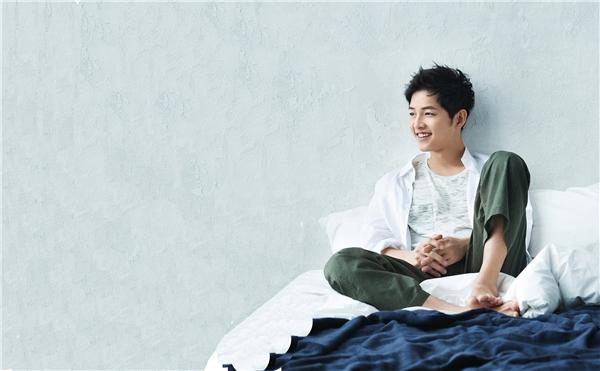 Song Joong Ki 'hoàn hảo' đến từng centimet