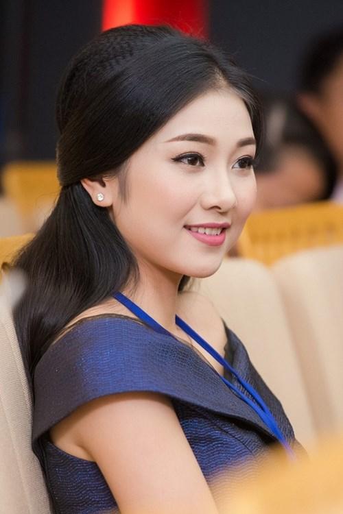 Những bản sao như đúc đàn chị tại Hoa hậu Việt Nam