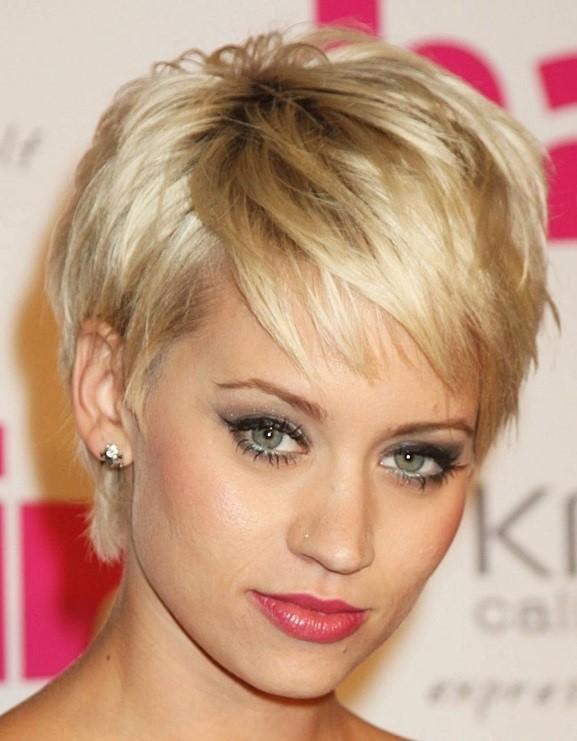 Cho bạn gái sành điệu với mái tóc ngắn