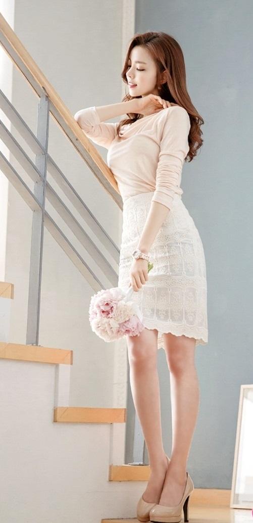 Chân váy ren sang trọng cho nàng công sở xinh xắn