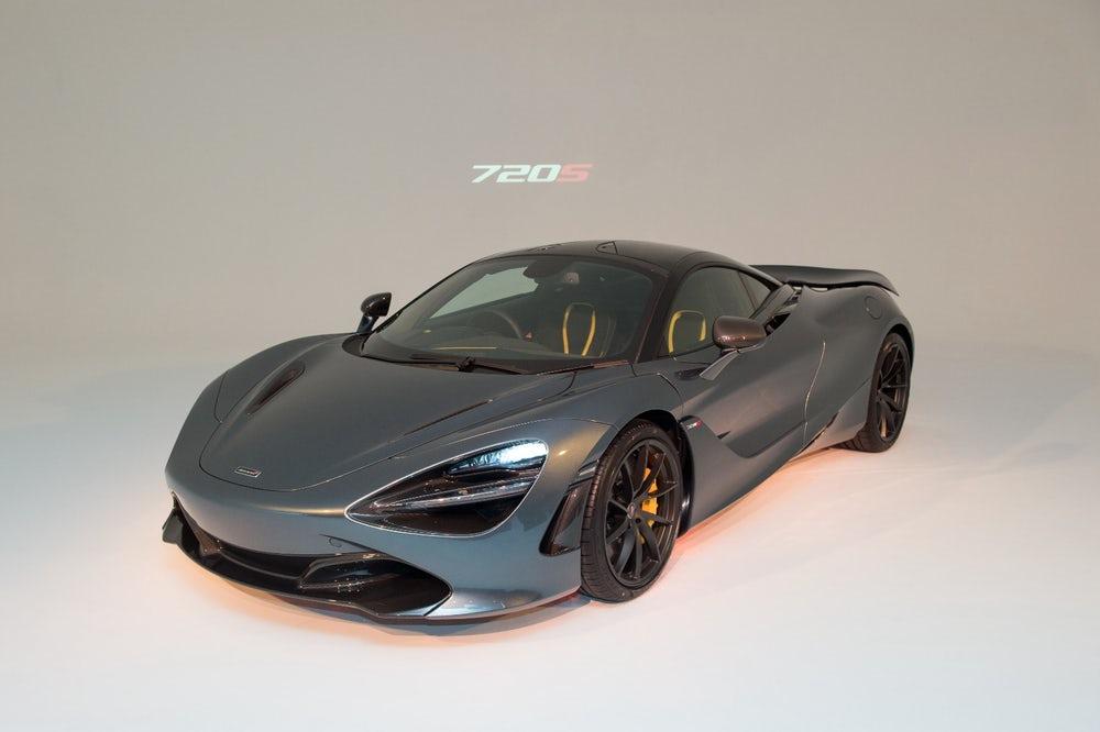 Cận cảnh McLaren 720S hoàn toàn mới
