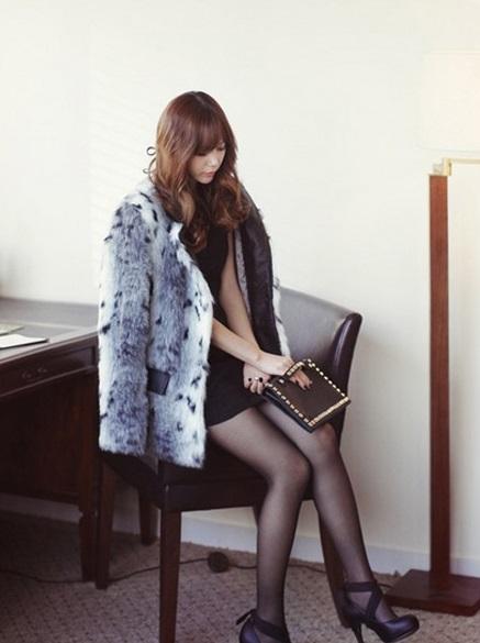 Áo khoác lông nữ dáng ngắn đơn giản sành điệu cho bạn gái