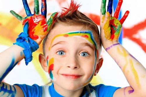 Chứng hiếu động quá mức ở trẻ