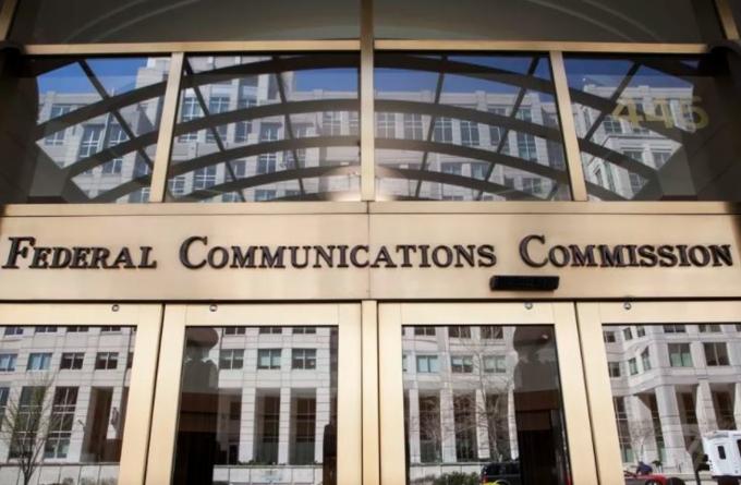Net Neutrality là gì? Tại sao nó quan trọng? Chúng ta có bị ảnh hưởng gì không?