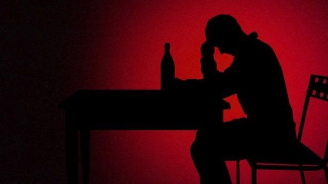 Cai nghiện rượu bằng tiêm tế bào gốc từ mỡ bạn có biết?
