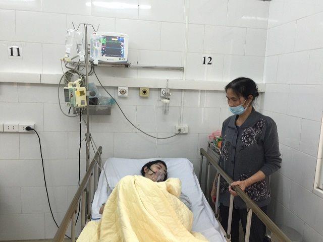Một nữ bệnh nhân bị biến chứng do thủy đậu nguy kịch