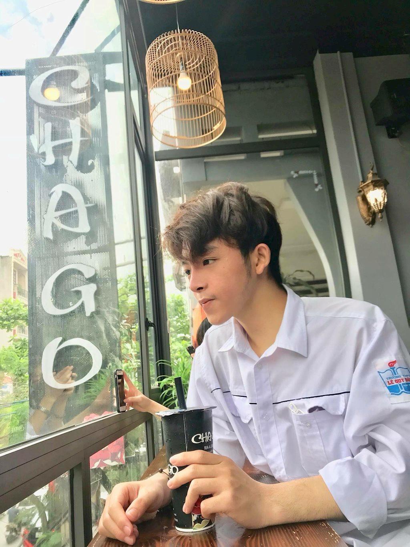 Cậu bạn 10x Hải Phòng đẹp như trai Hàn