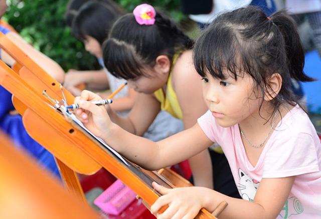 Ngày hội tăng cường thể lực, hướng nghiệp cho trẻ qua những trò chơi bổ ích