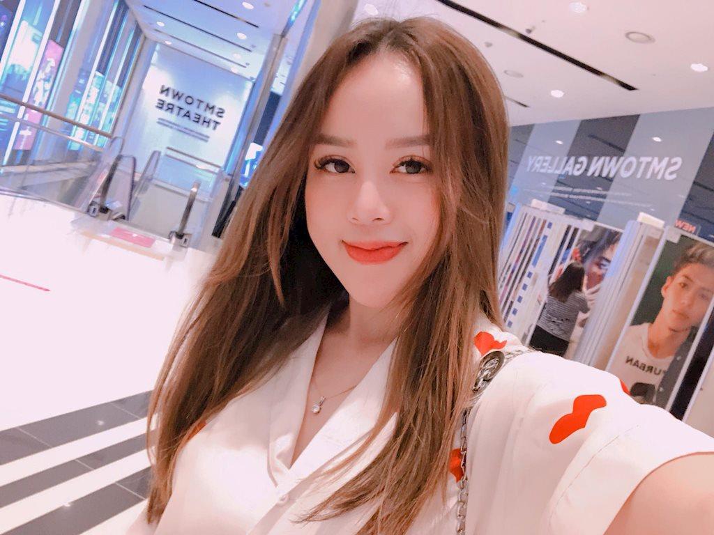 9x Việt có vẻ ngoài xinh như mỹ nhân Hàn Quốc!