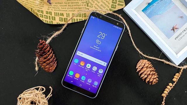 Điện thoại Samsung Galaxy J6 Lavender có gì hấp dẫn?