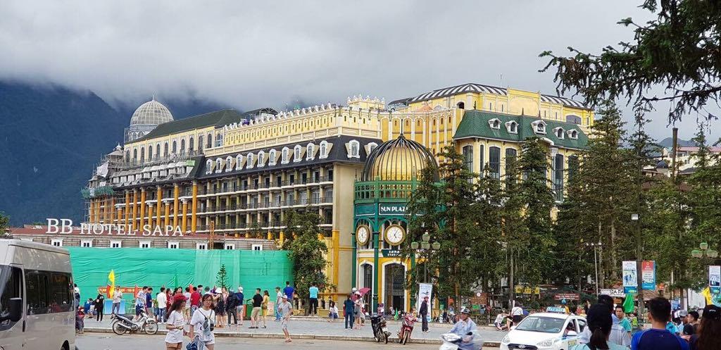 Tòa nhà Sun Plaza tựa như đường phố châu Âu tại Sapa