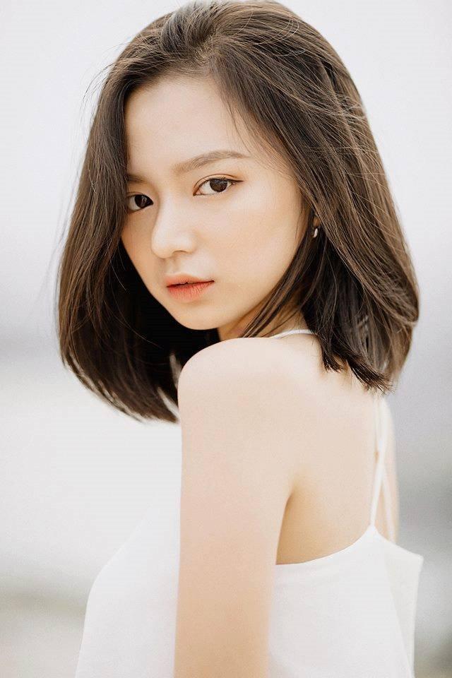 Say như điếu đổ trước vẻ đẹp sexy của Kim Chi