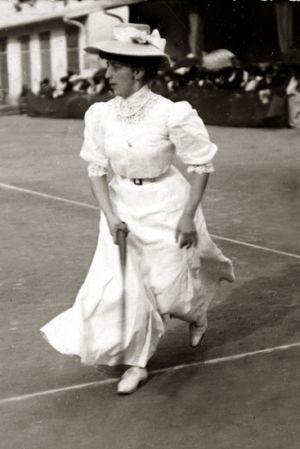 Trang phục chơi tennis biến đổi thế nào theo thời gian