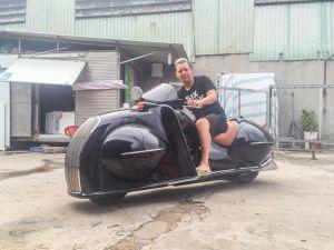 Môtô 'khủng' biến thành 'siêu bọ cánh cứng' của biker Việt