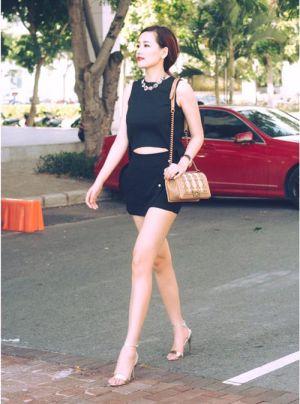 """Đôi chân đẹp đến """"ám ảnh"""" của hoa hậu Mai Phương Thúy"""