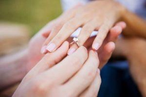 Mẹo lừa tình bằng… chiếc nhẫn cầu hôn độc đáo