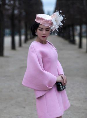 Phong cách thời trang Lý Nhã Kỳ đẹp mơ màng giữa lòng Paris