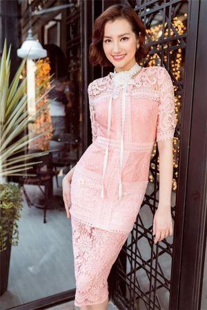 Váy hồng đáng học hỏi từ sao Việt