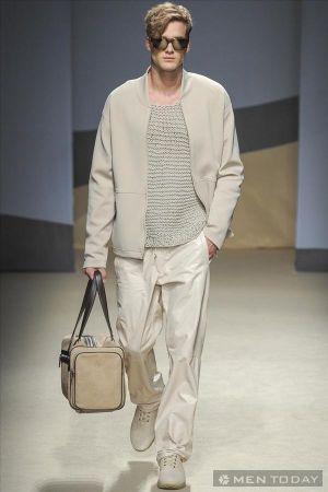 Thời trang nam xuân hè từ Trussardi thoải mái