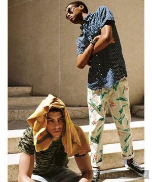 Xu hướng trang phục họa tiết cho nam từ Urban Outfitters