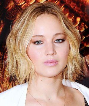 10 kiểu tóc đẹp cho quý cô mặt tròn thêm cuốn hút kiêu sa