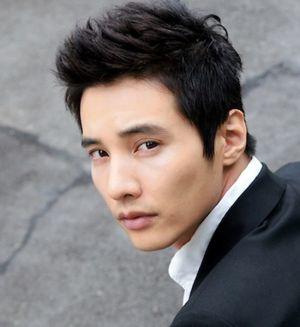 10 Kiểu tóc nam phong cách Hàn Quốc lãng tử