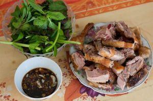 3 quán vịt nướng đông khách nhất Hà Nội