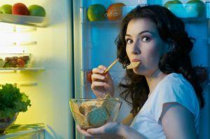 Ăn tối muộn có hại như thế nào đến sức khỏe