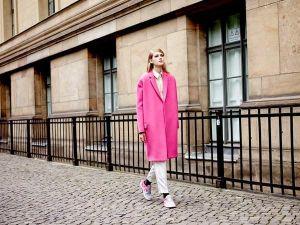 Áo khoác nữ hồng đẹp cho nàng công sở trang nhã ngày thu đông